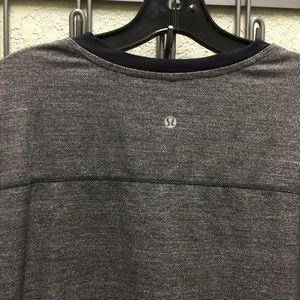 Lululemon Men´s Long Sleeve T-Shirt Large